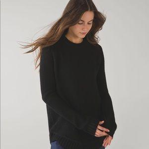 Lululemon Passage sweater black size 4